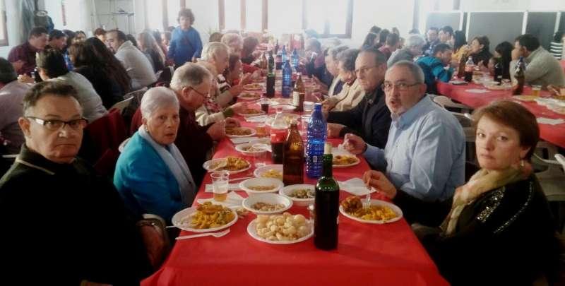 Comida solidaria celebrada en Alfara. EPDA
