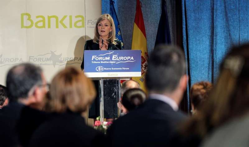 La consellera de Justicia, Gabriela Bravo, imparte una conferencia en el Fórum Europa Tribuna Mediterránea, presentada por la fiscal superior de la Comunitat Valenciana, Teresa Gisbert.EFE/ Manuel Bruque