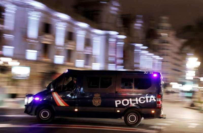 Imagen de archivo de un furgón de la Policía Nacional en la provincia de Valencia.