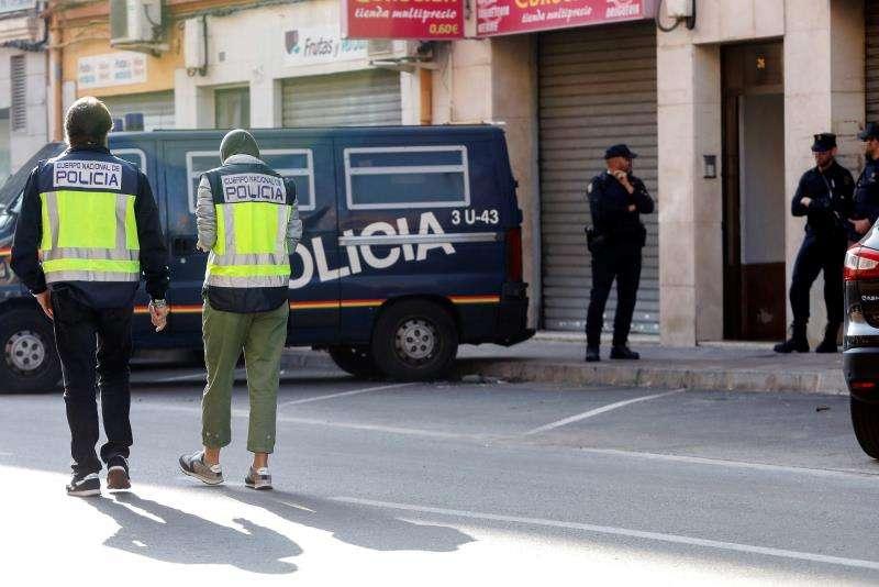 Agentes de la Policía Nacional en una intervención. EFE/Archivo
