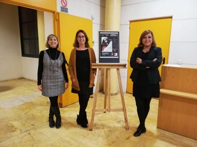 Presentación de la película y la charla en el Centro Cívico. EPDA
