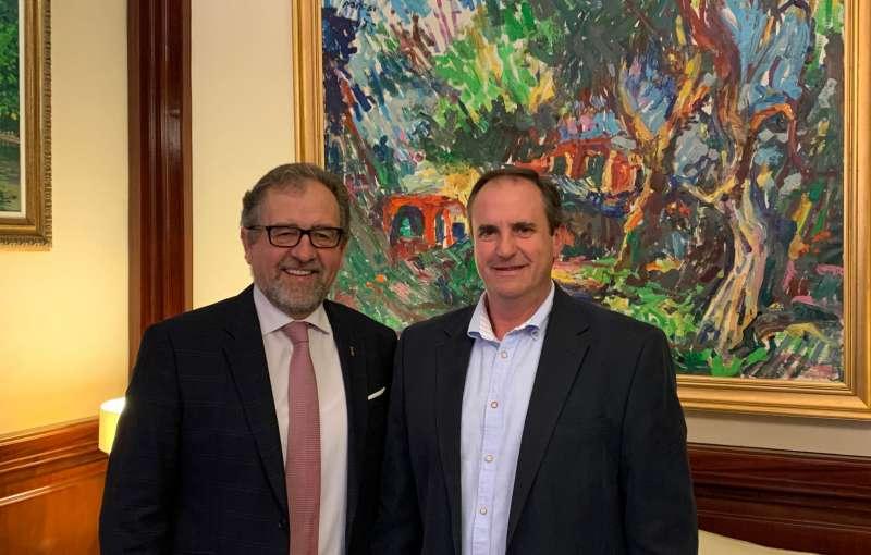 José Martí con Sergio Fornas