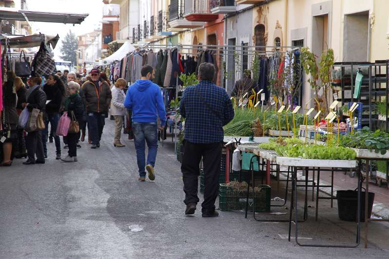 Mercado municipal en Navidad. EPDA