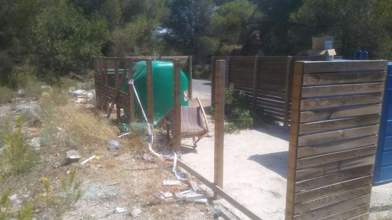 Una de las instalaciones afectadas por los actos vandálicos.