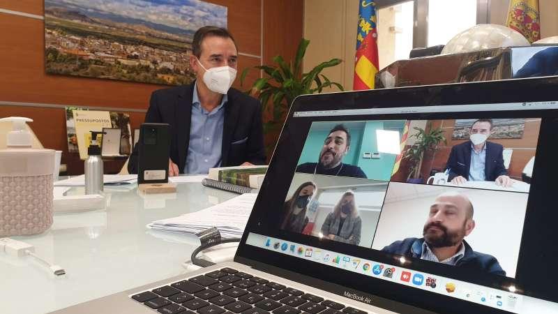 Robert Raga, alcalde de Riba-roja en el encuentro digital. / EPDA