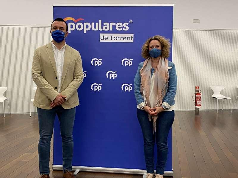 Amparo Folgado con Vicente Mompó. EPDA