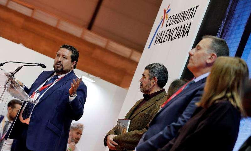 El presidente de la Diputación de Castellón Javier Moliner, ha participado esta tarde en Feria Internacional de turismo en el acto por el 25 aniversario del Festival Internacional de Benicàssim. EFE