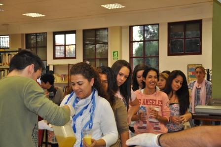 Vecinos de Aldaia participan en el taller de
