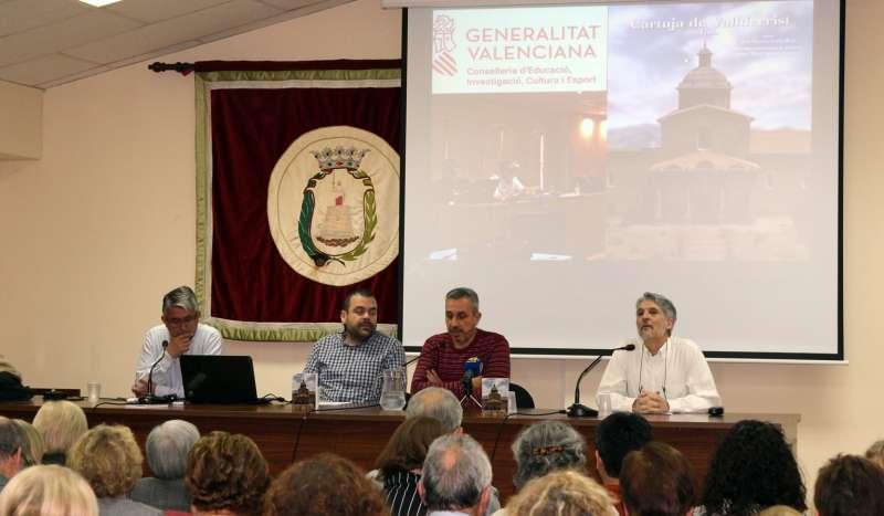 La presentación tuvo lugar en el salón de los alcaldes