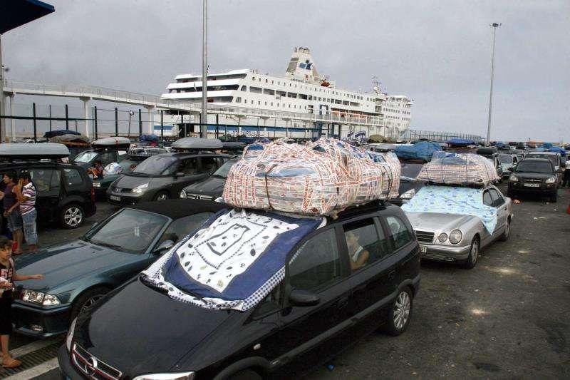 Imagen de archivo de un ferry en el puerto de Alicante con destino a Argelia. EFE/Archivo