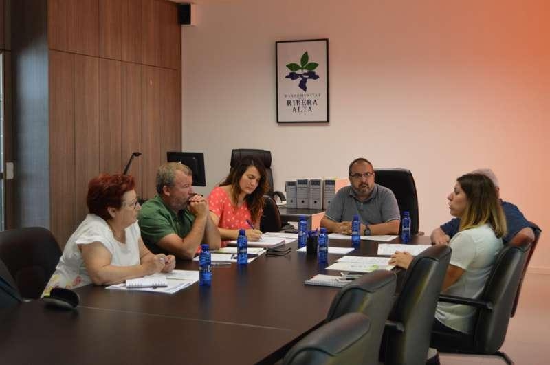 Reunión sobre la Oficina Municipal de Vivienda