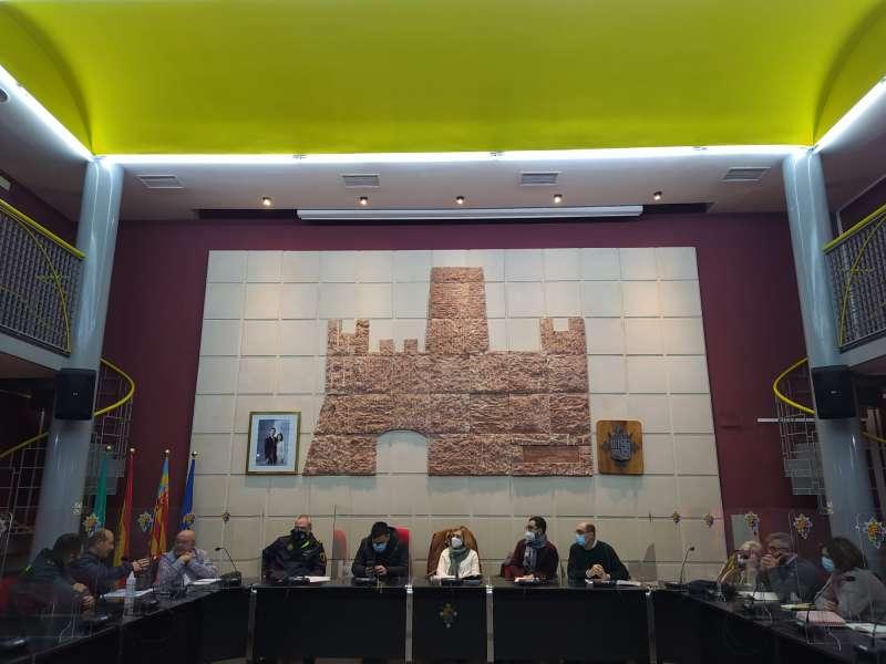 Reunión para establecer nuevas medidas ante el COVID. / EPDA