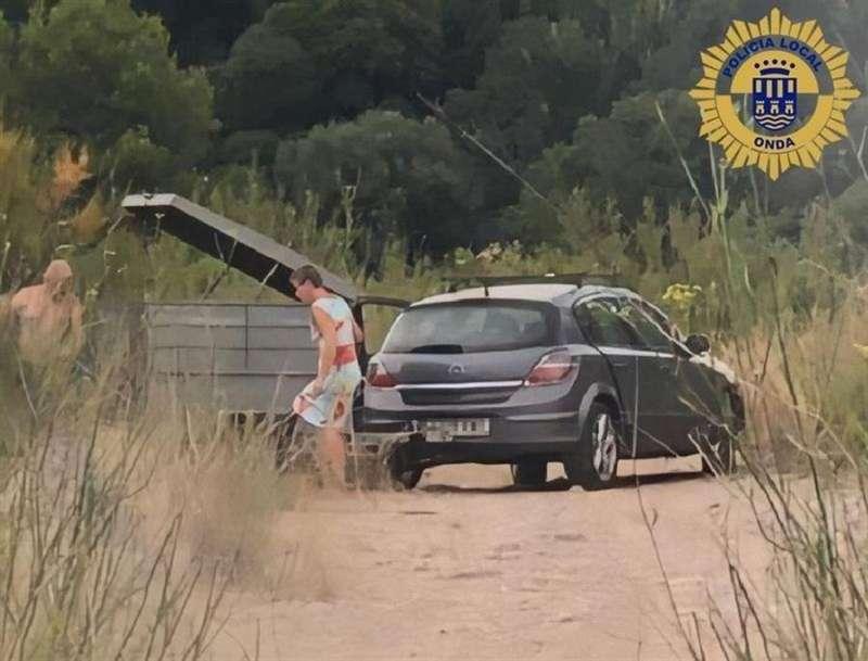 Momento de la infracción, en una imagen difundida por la Policía Local