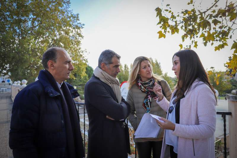 Vicente Ten, Toni Cantó y Maria Muñoz, miembros del partido Ciudadanos en València. -EPDA