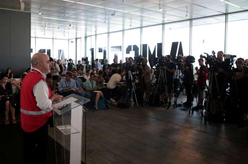 El subdirector general de Emergencias de la Agencia Valenciana de Seguridad y Respuesta a las Emergencias en la rueda de prensa. EPDA
