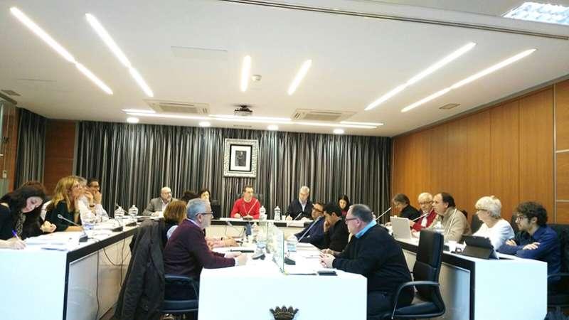 Actual Pleno del ayuntamiento de Riba-Roja. EPDA