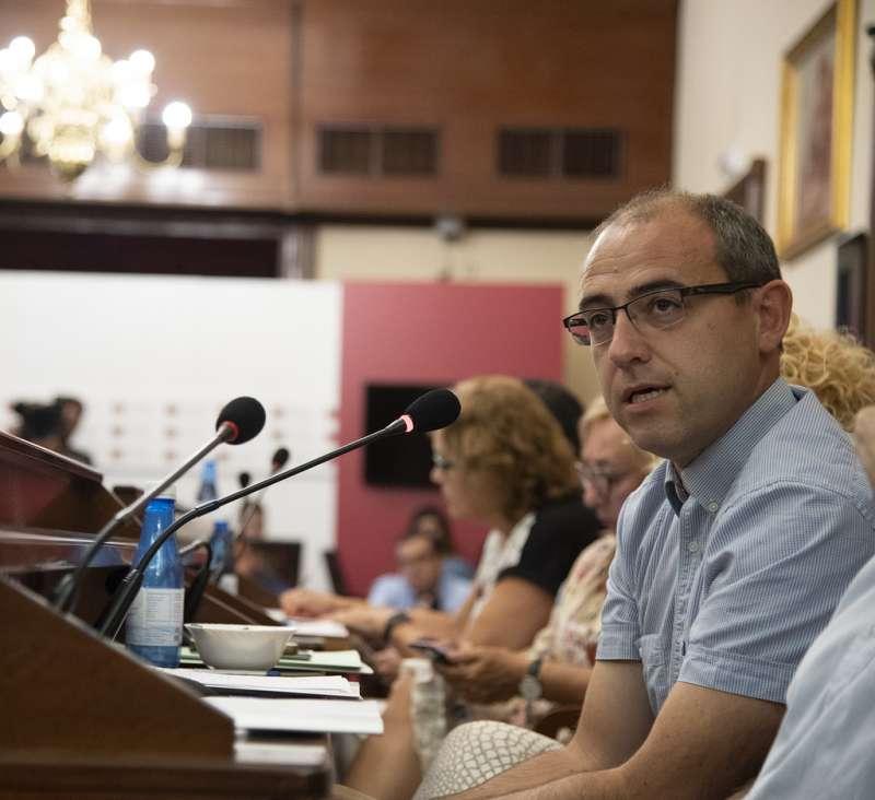 El secretario de Infraestructuras de la Ejecutiva Provincial del PSPV-PSOE, Santi P�rez