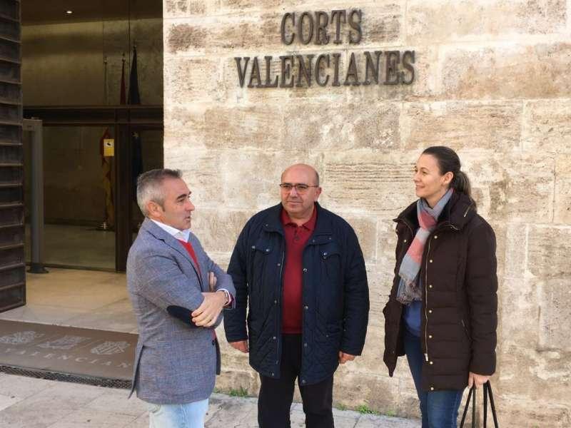 Alcalde de El Perelló frente a Les Corts. EPDA