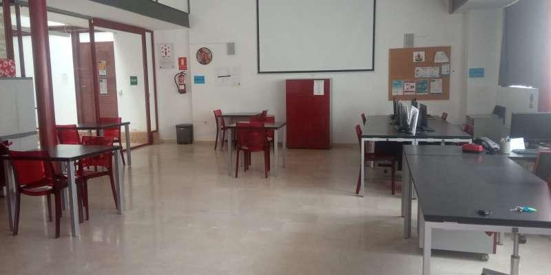 El aula con medidas de seguridad