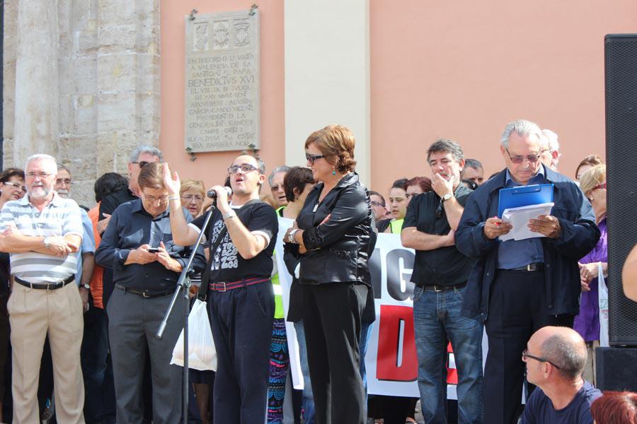 Un momento de la lectura del manifiesto. FOTO EPDA