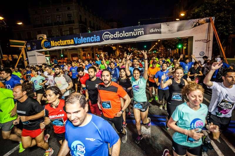 Salida de la pasada edición de la 15K Nocturna Valencia Banco Mediolanum