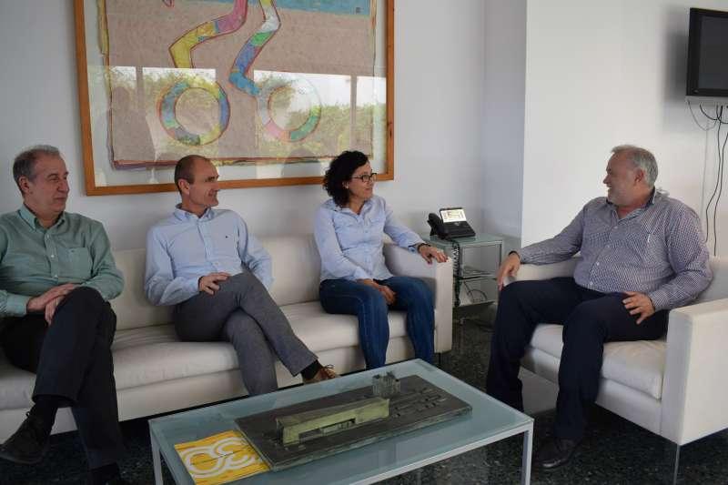 El director de FGV con el Alcalde de Manises