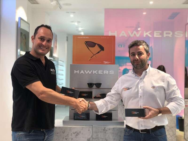 El Circuit y Hawkers ponen a la venta las gafas de sol del Circuit Ricardo Tormo