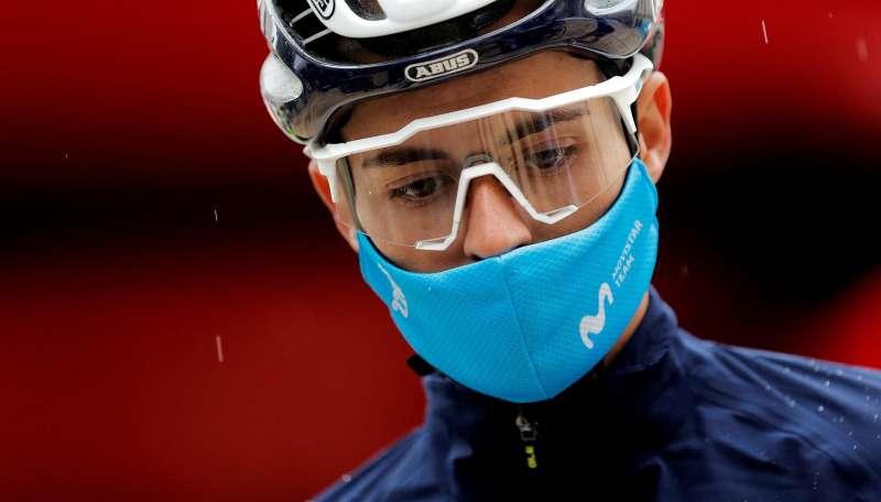 El corredor del equipo Movistar Enric Mas este viernes, en la tercera etapa de la 72ª edición de la Volta a la Comunitat Valenciana.