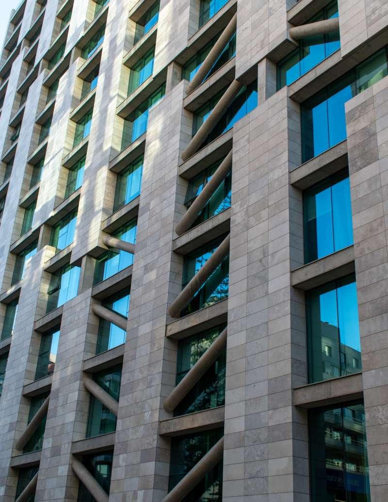 Fachada de un edificio / EPDA