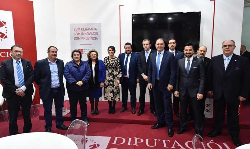 Sergio Fornas con representantes municipales y provinciales