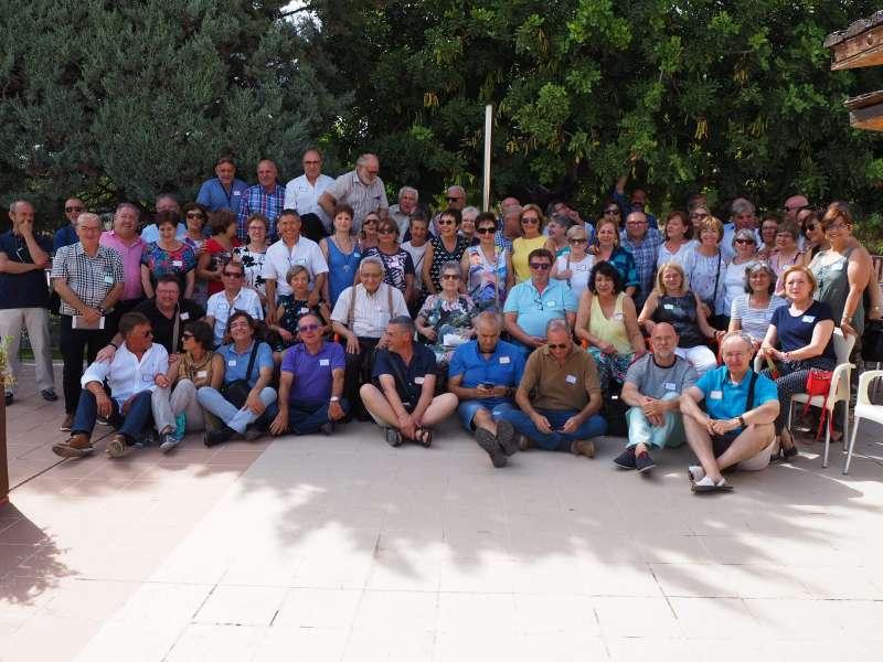 Ex alumnos y profesores del INB de Lliria de los cursos 1973 a 1976. JOSÉ SALVADOR MURGUI