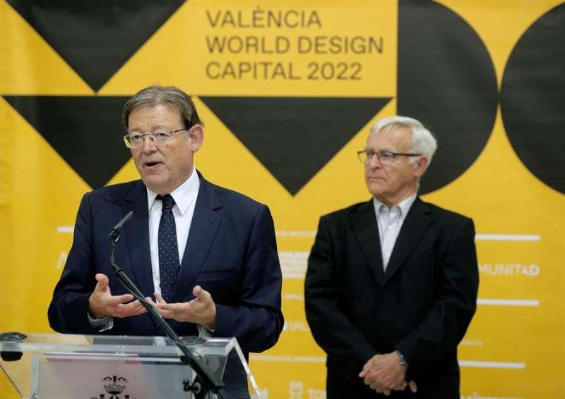El president Ximo Puig (i) y el alcalde de València, Joan Ribó, en un acto. EFE/Archivo