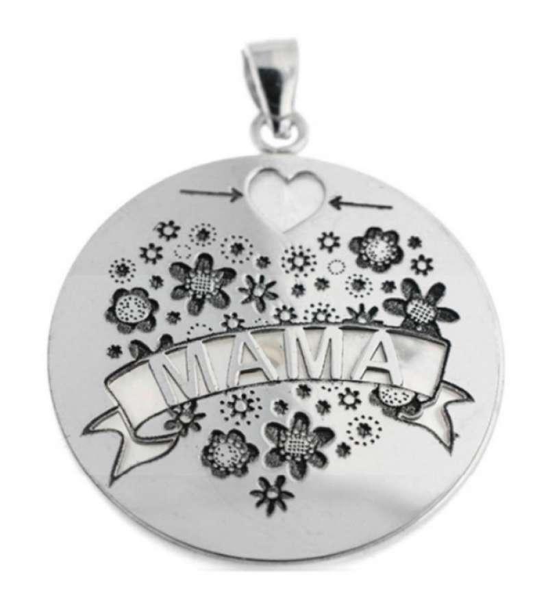 Medallas personalizadas para la madre que encontrarás en ManoInma. EPDA