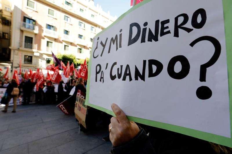 Protesta de los trabajadores de las empresas de limpieza Raspeig y Netalia. EFE/Archivo
