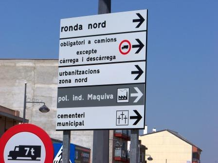 Señalización en la Pobla de Vallbona. Foto EPDA