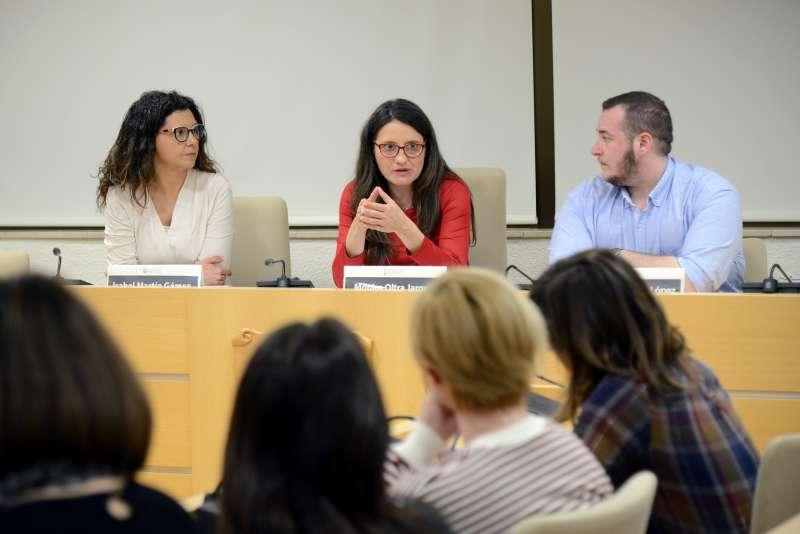 Alcaldessa de Paiporta, Isabel Martín; Vicepresidenta de la Generalitat, Mónica Oltra i Concejal de Benestar Social, Guillem Montoro