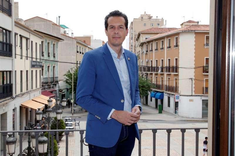 Rubén Alfaro, presidente de la Federación Valenciana de Municipios y Provincias (FVMP), durante la entrevista concedida a EFE. EFE/Morell