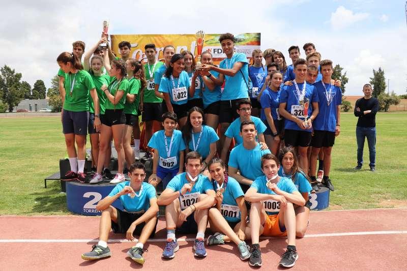 Más de 1.000 niños y niñas participan en las Miniolimpiadas de Torrent