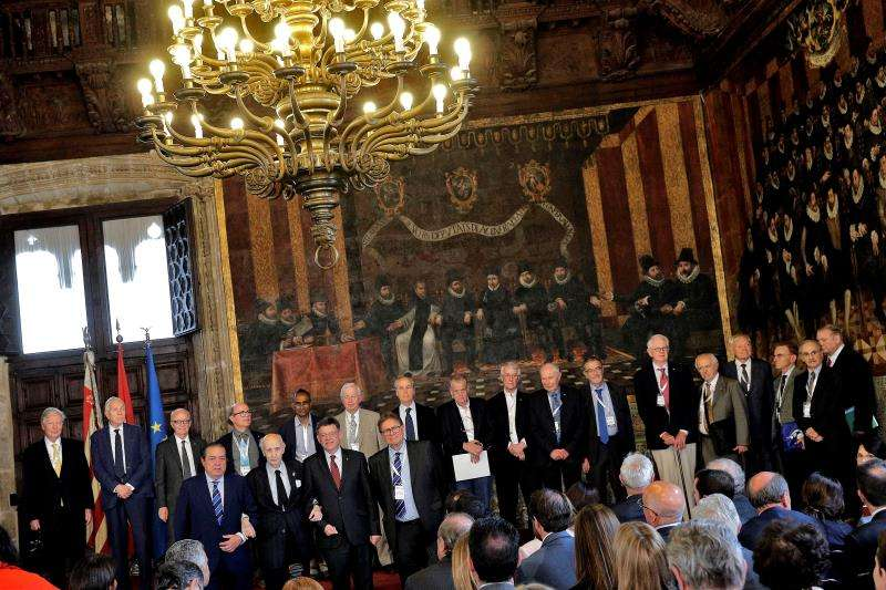 El jurado de los Premios Rey Jaime I durante el anuncio de los ganadores de la pasada edición. EFE/ Archivo