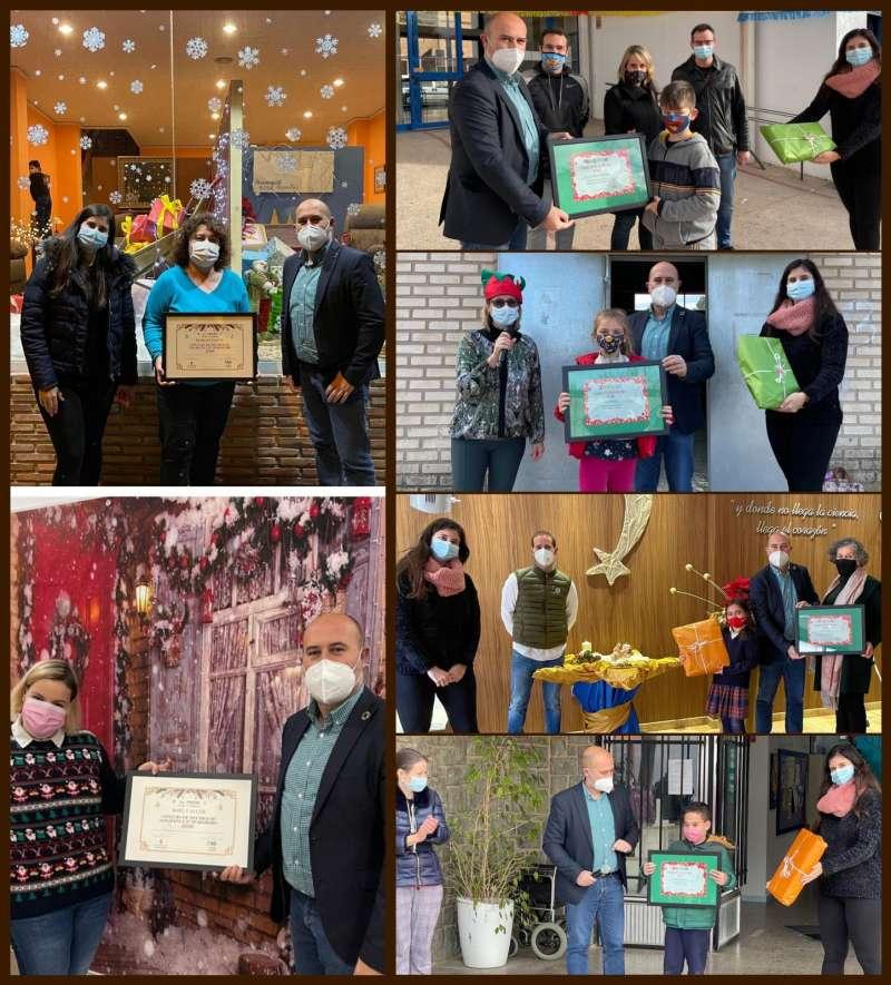 Premios de concurso de postales navideñas