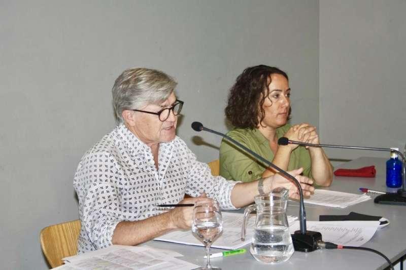 La concejala de Cultura y presidenta del Palau de la Música, Glòria Tello, y el director del Palau, Vicent Ros. AYUNTAMIENTO DE VALÈNCIA