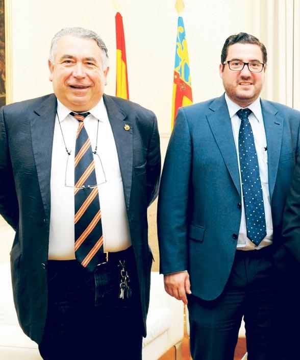 El presidente del tribunal y el alcalde de Canet d