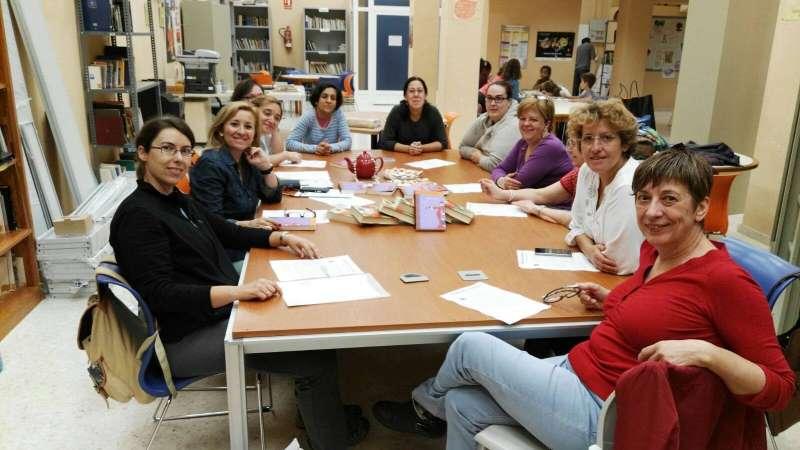 Las miembros del Club de Lectura de Serra. //EPDA