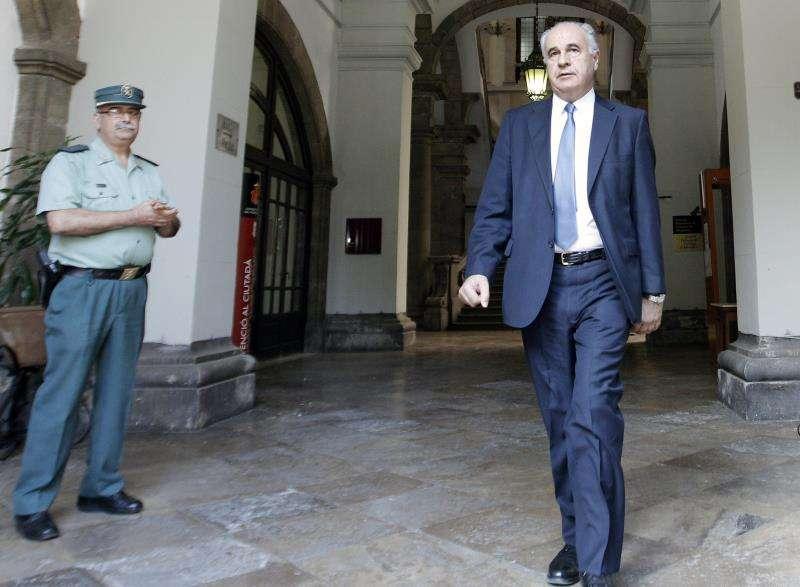 El exconseller Rafael Blasco, condenado a seis años y medio por delitos de malversación y falsedad documental, en una imagen de archivo. EFE
