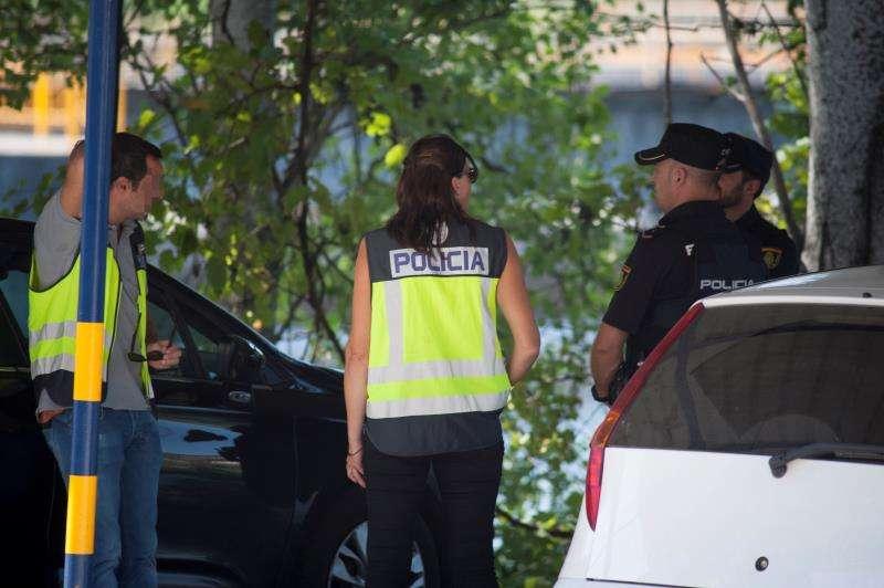Agentes de la Policía Nacional en un suceso. EFE