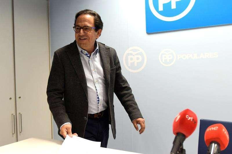 El portavoz del PP en la Comisión de Investigación de la Financiación de los Partidos Políticos del Senado, Luis Aznar. EFE/Archivo