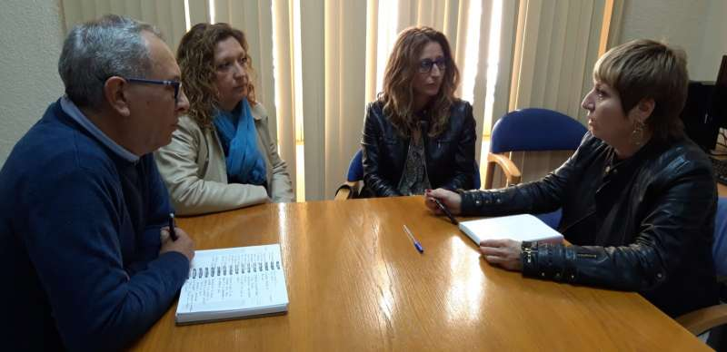 PP de Navajas con secretaria general PPCS