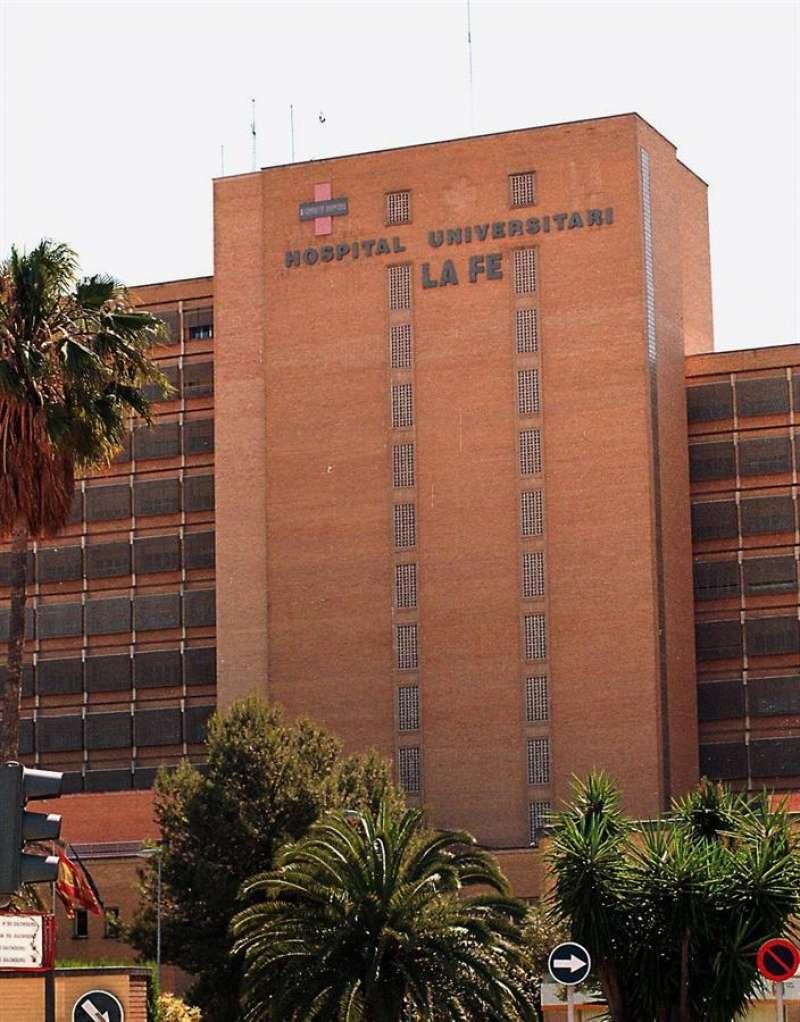 Fachada del antiguo hospital La Fe de València, en una imagen de archivo. EFE