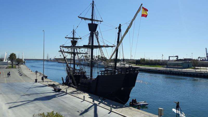 La Nao Victoria amarrada en el puerto de Valencia, en una imagen de la organización.