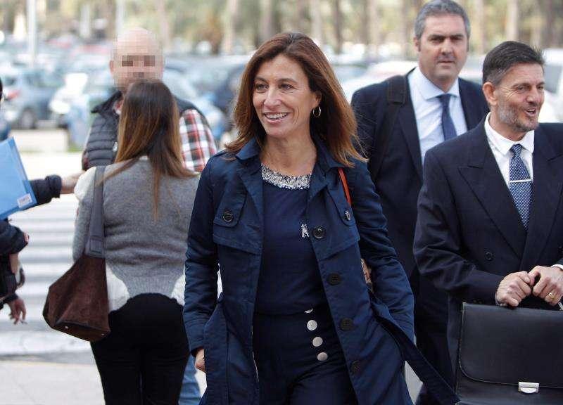 La exalcaldesa del PP Mónica Lorente, una de los 34 acusados en el caso. EFE